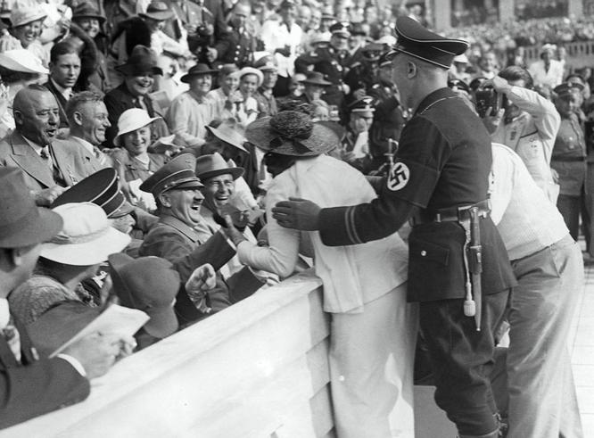 ВБельгии пособники нацистов продолжают получать «гитлеровские пенсии»