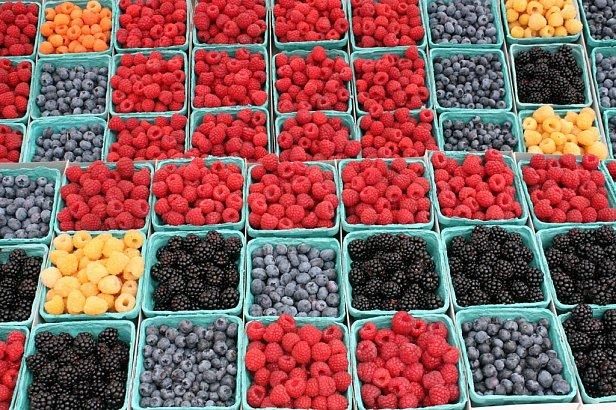 Чому українська ягода «не росте» в українських супермаркетах