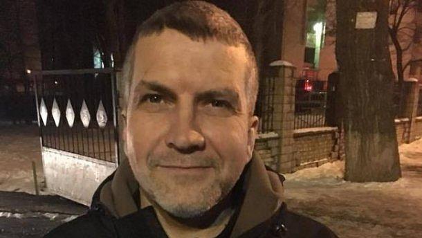 Освобождение мужчины, ранившего нацгвардейца: полицейские устроили неразговорчивый протест под судом