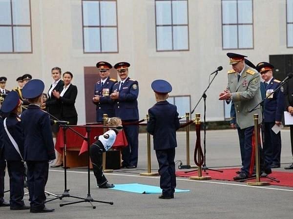 В Петербурге дошкольница в стихах обещала главе Следкома РФ привлечь маму, если надо