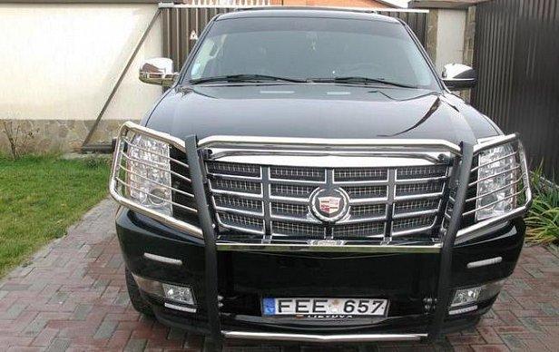"""В Одессе владелицу авто на """"бляхах"""" оштрафовали на 3 млн грн"""
