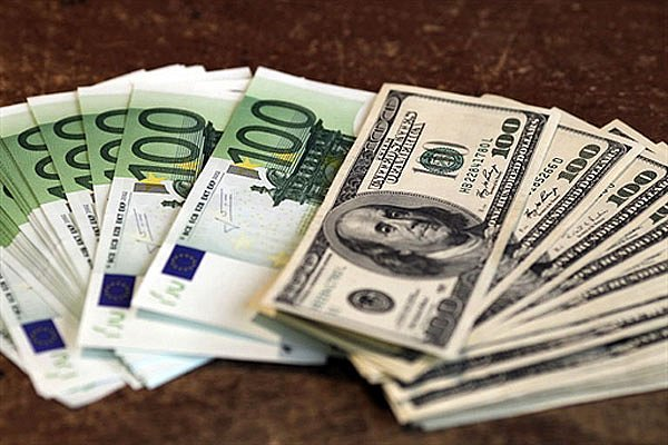 Миллионер начал раздавать состояние поняв что у него слишком много денег