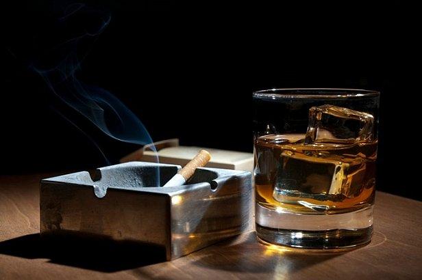 В Украине взлетят цены на алкоголь и сигареты: к чему готовиться