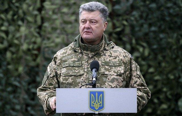 Защита Януковича хочет повторно вызвать надопрос Порошенко