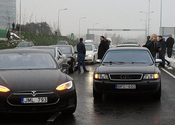 Почему 650 тыс. украинцев немогут получить загранпаспорта