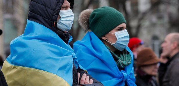 СНБО: В Украине 3 178 подозрений на коронавирус