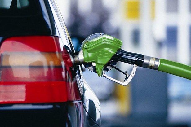 Цены на топливо за сутки выросли до небес