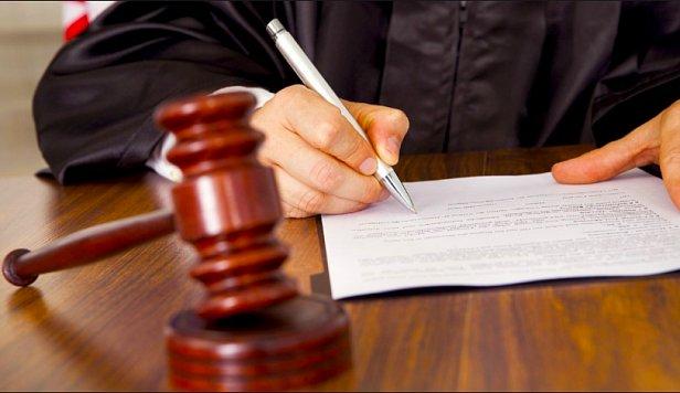 Суд по несплаті аліментів: Чи підтримує Верховний суд ініціативи Уряду України