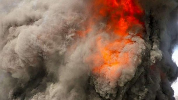 Фото - взрыв в Донецке 5 сентября