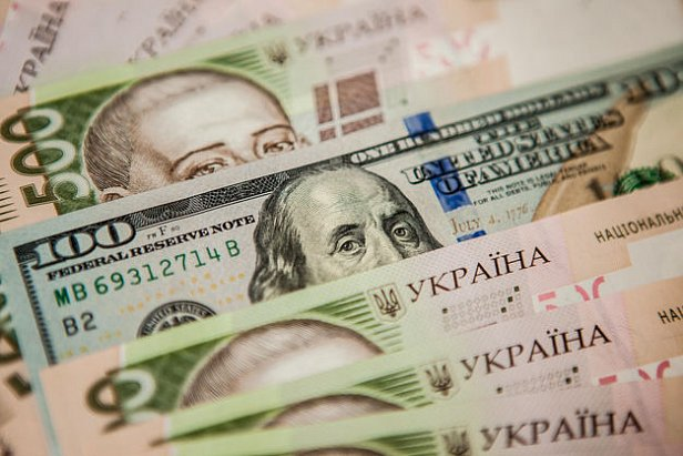 Курс валют в Украине: доллар резко подешевел