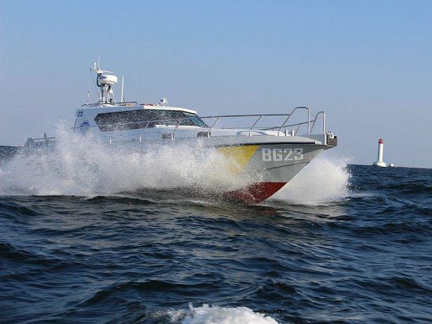 Пограничники провели испытания нового модернизированного катера