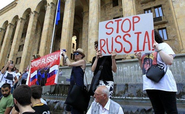 Фото - антироссийские протесты в Грузии
