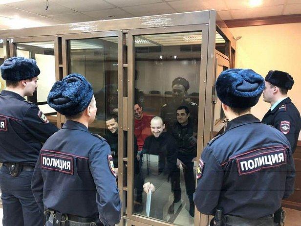 Фото - задержанные РФ украинские моряки