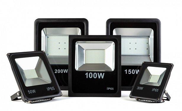 Светодиодные прожектора для вечернего освещения