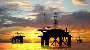 Эквадор начал добывать нефть себе в убыток - президент страны