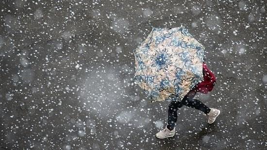 Новый циклон и потепление: появился прогноз погоды на выходные