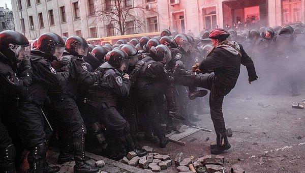 В Гааге не увидели преступлений против человечности на Майдане