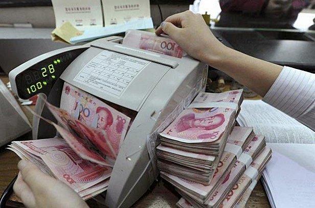 Межбанк закрылся: доллар 25.1 и евро 28 грн