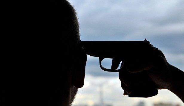 Фото: Полицейский застрелился на службе
