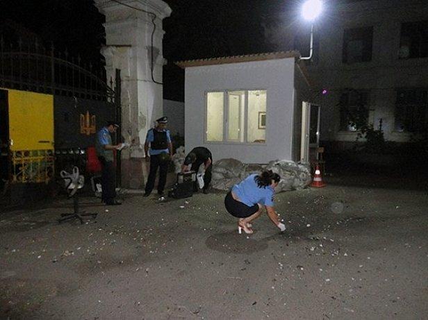 В МВД взрыв в Одессе назвали умышленной порчей имущества