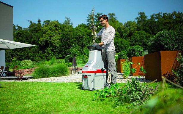 Садовые электроизмельчители веток – функции, особенности и популярные модели