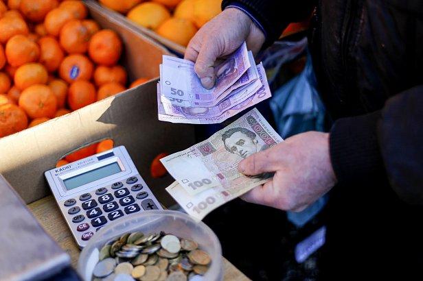 Эксперт пояснила, какую угрозу несет повышение минималки в Украине