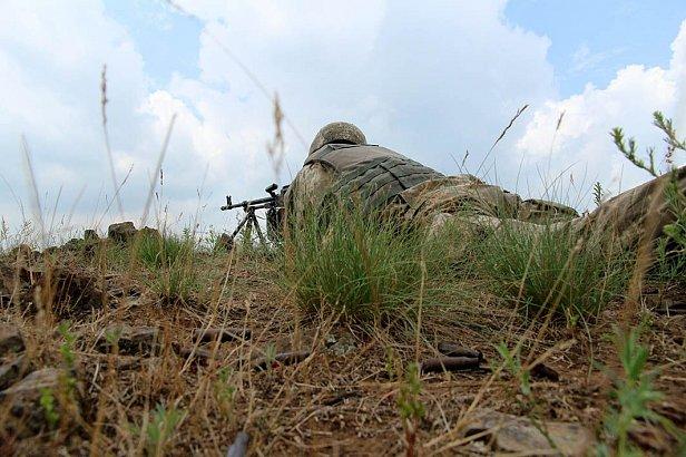 Сутки в Донбассе: боевики обстреляли позиции украинских бойцов