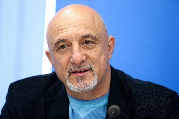 Правительство выбрало лучший вариант защиты населения при переходе к новому рынку электроэнергии, – Плачков