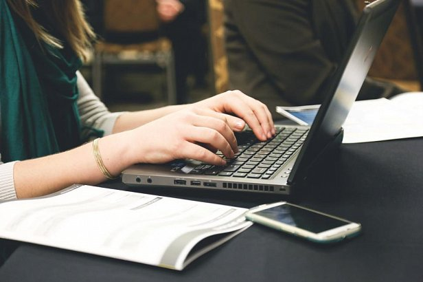 Английский онлайн для деловых людей: как найти время и выучить язык