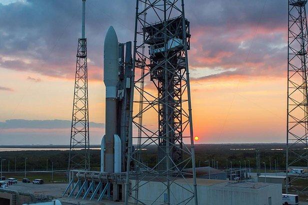 NASA вывело на орбиту метеоспутник нового поколения