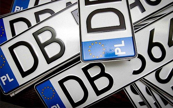 Автомобили на литовских номерах могут начать конфисковывать
