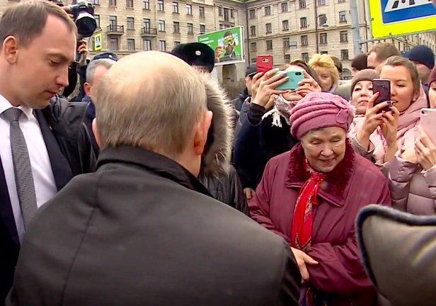 фото - Владимир Путин про 10800 рублей в месяц