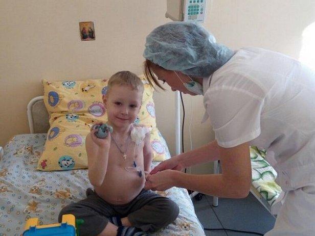 В Запорожье от рака умер ребёнок, у которого украли деньги на лечение