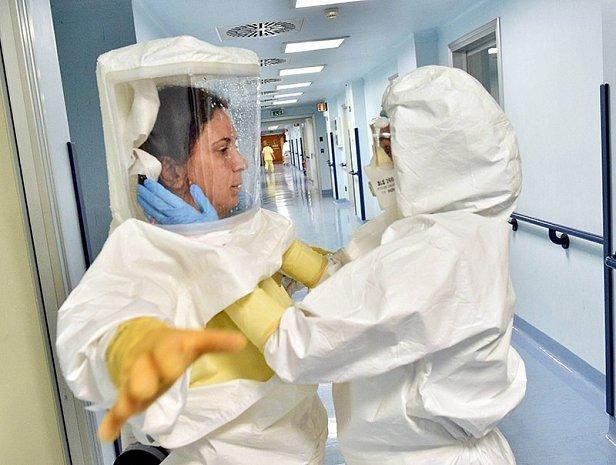 Самоизоляция в связи с пандемией должна продолжаться 12 месяцев - The Independent