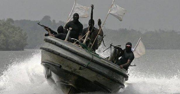 Фото - пираты захватили судно с украинскими моряками