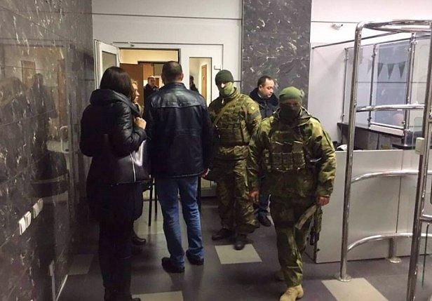 СБУ обыскала Moneyveo: изъяли технику и документы