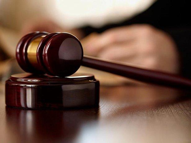 Суд обязал Генпрокуратуру снять с розыска экс-министра Злочевского