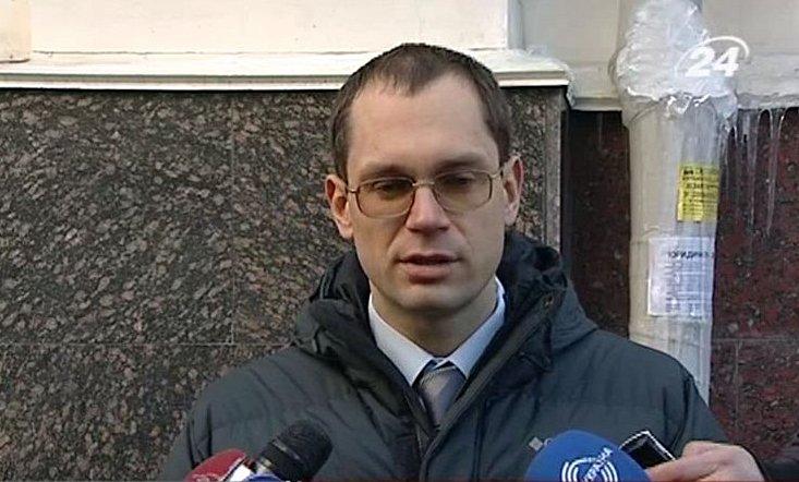 Прокурор, засадивший Луценко, получил повышение и квартиру за 10 гривен
