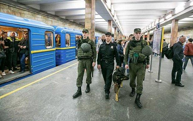 Cкорая и полиция: что произошло в столичном метро