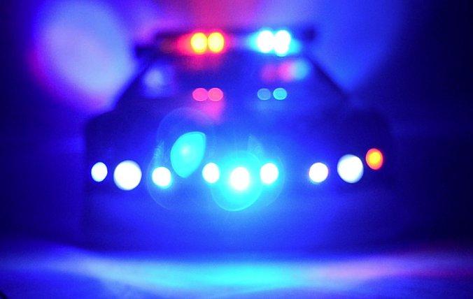 Школьник сдал полиции друга и учительницу, которые были любовниками