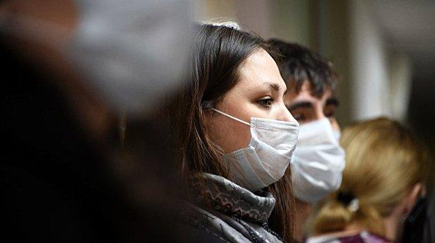 Фото — Медицинские маски в Украине