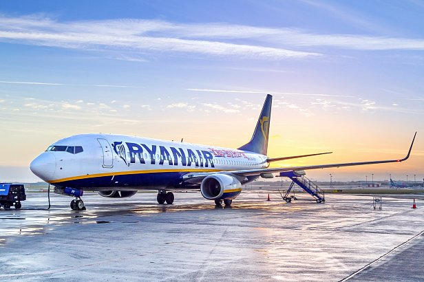 Ryanair полетит в Украину в 2018 году - Омелян