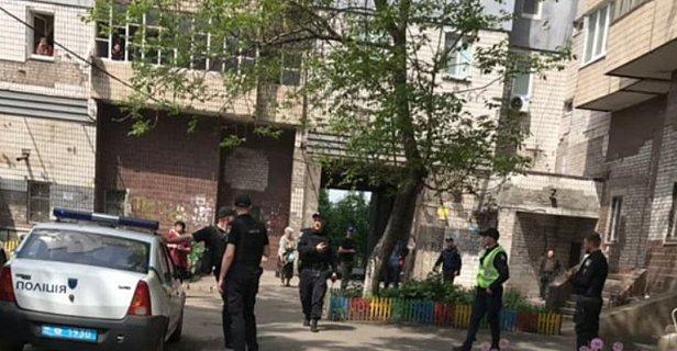 Фото - Полиция расследует минирование дома родителей Зеленского как теракт