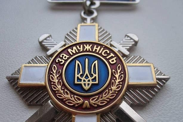 Порошенко наградил Сенцова и Кольченко орденами «За мужество»