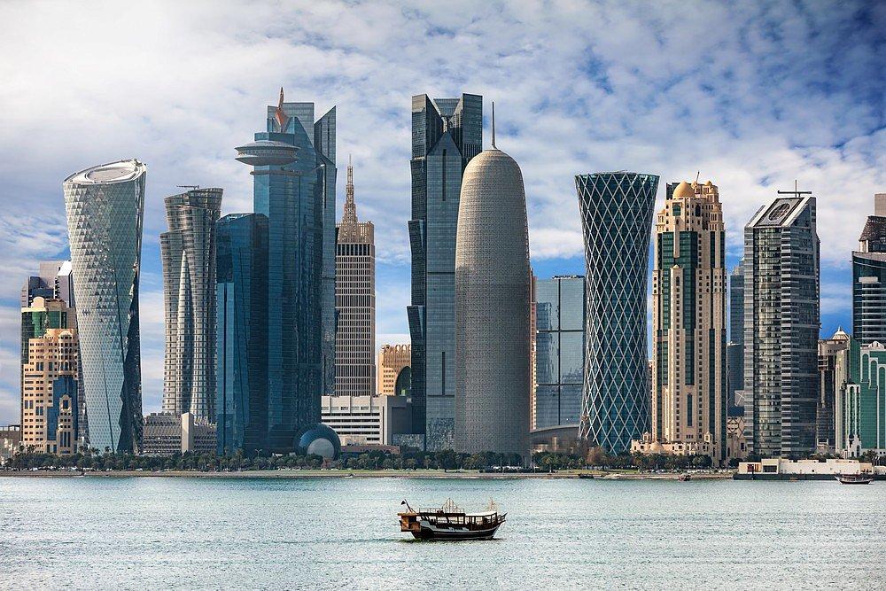 Чому українському уряду треба знати про Qatar Airlines –  катарська економіка на авіаційній мапі світу