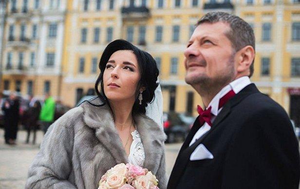 Взрыв нардепов в центре Киева: жена нардепа рассказала о состоянии здоровья мужа