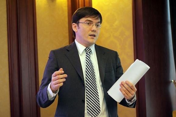 Корея готова инвестировать в строительство украинского LNG-терминала и производство поездов