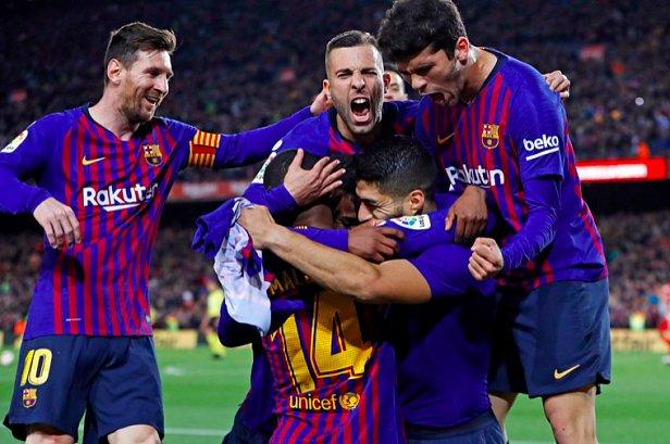 фото: Манчестер Юнайтед - Барселона онлайн