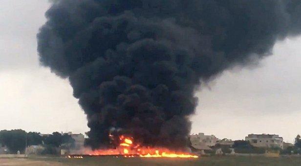 В России упал самолет (фото)