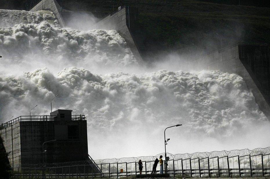 «Укргидроэнерго» просит денег на экологическую катастрофу
